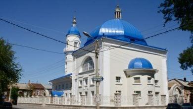 صورة ترميم وبناء أكثر من (50 مسجداً) في أستراخان الروسية