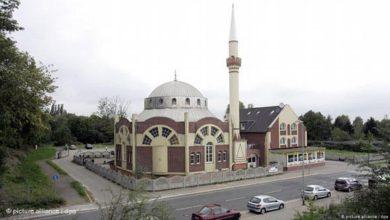 صورة الشرطة الألمانية تحقّق في اكتشاف خنزير نافق قبالة مسجد