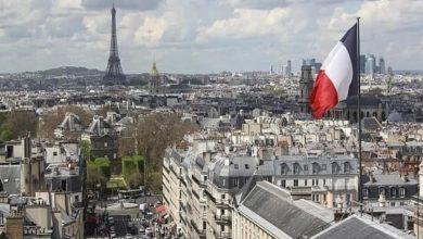 صورة لجنة برلمانية تعتمد مشروع قانون يستهدف المسلمين في فرنسا