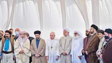 صورة من أرض الأنبياء والصالحين.. بابا الفاتيكان يؤكد براءة الأديان من الإرهاب