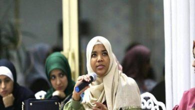صورة للمرة الاولى.. فتاة مسلمة تترأس اتحاد طلاب جامعة لندن
