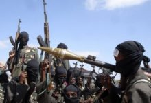 صورة قتلى وجرحى ومفقودون بهجوم د1عشي على قاعدة عسكرية في نيجيريا