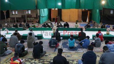 صورة موائد قرآنية لشيعة كشمير طوال أيام شهر رمضان العظيم (تقرير مصوّر)