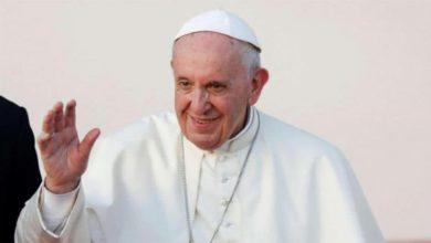 صورة البابا يدعو إلى وضع حد لقرقعة السلاح في اليمن وسوريا وليبيا