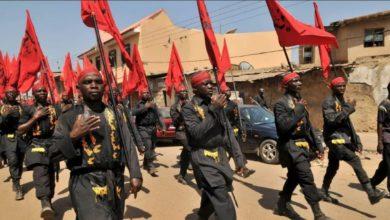 صورة شيعة نيجيريا يحيون فاجعة استشهاد أمير المؤمنين (عليه السلام) ويصرّحون: الحكومة تتآمر ضدّنا