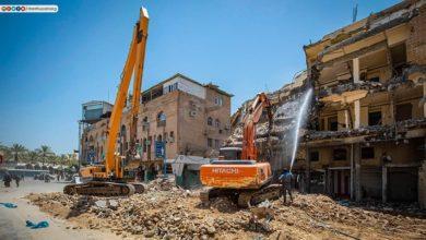 صورة المباشرة بإزالة الأبنية المستملكة جوار مرقد الامام الحسين صلوات الله عليهم (صور)