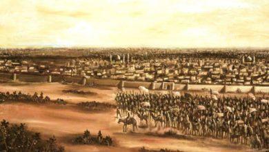 صورة في عيد الغدير الأغر.. المؤمنون يستذكرون جريمة هجوم الوهابيين على مدينة كربلاء المقدسة