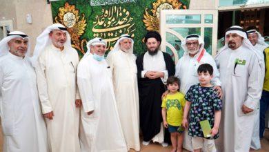 صورة نجل المرجع الشيرازي يستقبل الكويتيين المهنئين بعيد الله الأكبر