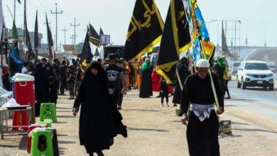 """صورة آلاف العاشقين من مختلف أنحاء العراق يتدّفقون صوب كربلاء المقدسة لإحياء """" الأربعينية"""""""