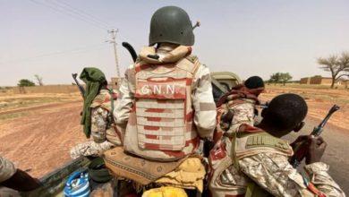 صورة قتل المئات من المدنيين.. نيجيريا تعلن مقتل زعيم جماعة مرتبطة بد1عش الإرهـ،ـابي