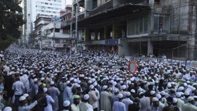 صورة احتجاجات واسعة للمسلمين في بنغلاديش على خلفية الإساءة للقرآن الكريم (صور)