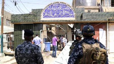 Photo of Suicide bomber blows himself up in a Husseiniya, east of Baghdad