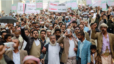 Photo of Yemeni president warns Houthi protesters