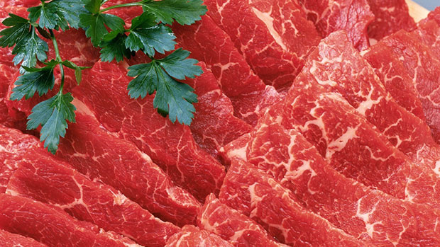 Photo of Researchers try to explain link between red meat and cancer