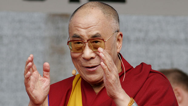 Photo of Dalai Lama fears for safety of Pakistani Shias, urging them to move to India