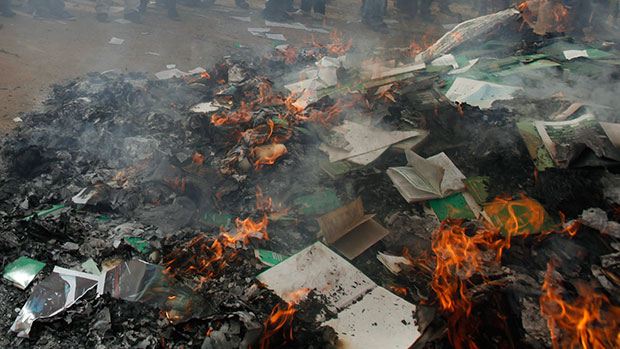 Photo of ISIL burns thousands of books