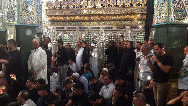 Photo of Pilgrims pour into the Holy Shrine of Lady Zainab, peace be upon her, challenging all takfiri threats