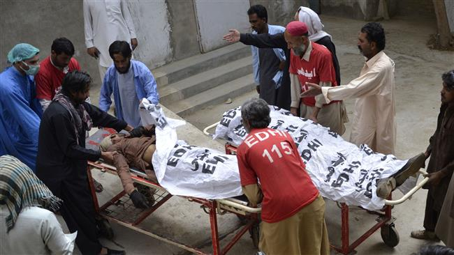 Photo of Gunmen kill 3 Shia Muslims in targeted attack