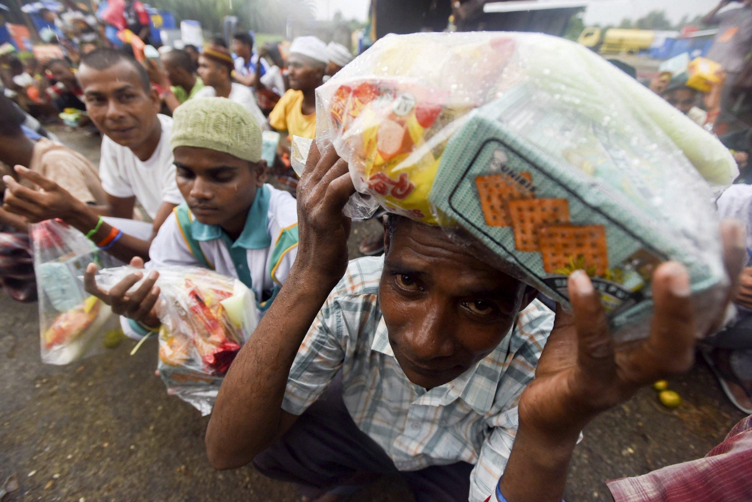 Photo of UNHRC adopts resolution on Myanmar's Rohingya Muslims