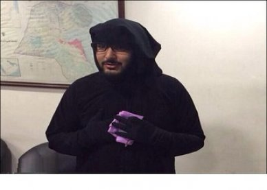 Photo of Kuwaiti Police arrests Pakistani man near a mosque in Jleeb area disguised as a woman