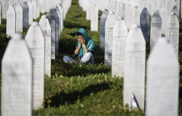 Photo of Texas residents oppose Muslim cemetery