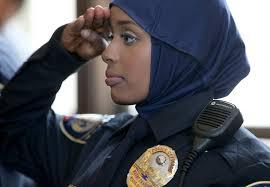 Photo of Muslims complain over Columbus police hijab ban