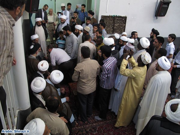 Photo of Believers congratulate the Grand Ayatollah Sayed Shirazi on the occasion of Eidal-Ghadir