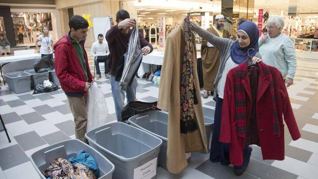 Photo of Canada Muslims fight winter with free coats