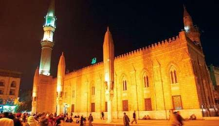 Photo of Egypt closes Imam Hussein Mosque on eve of Ashura