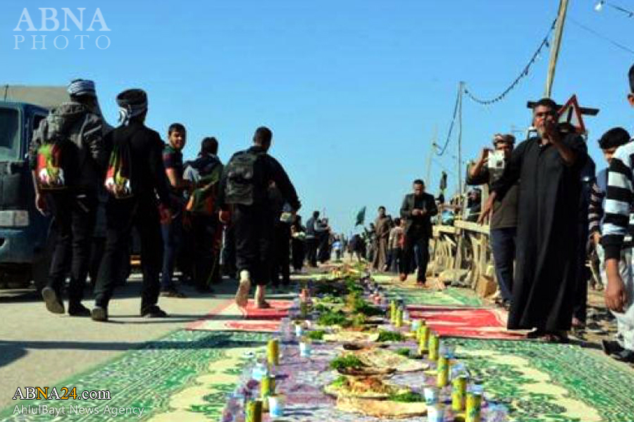 Photo of World's longest 'table cloth' provided for Arbaeen pilgrims