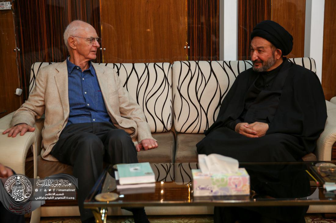 Photo of A correspondent with Britain's The Guardian says the Imam Ali Holy Shrine promoting peace among faiths