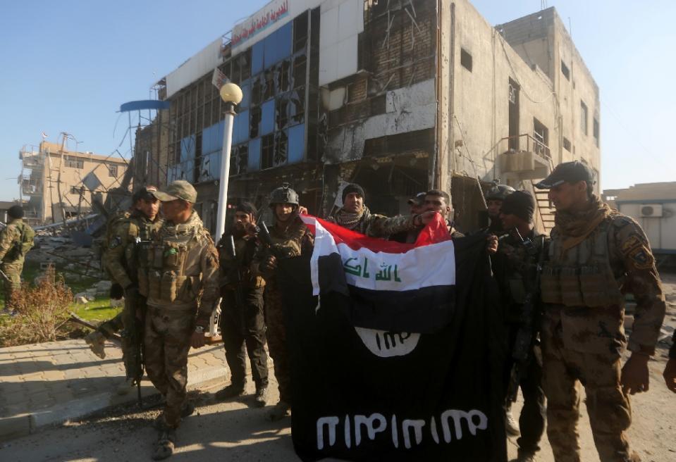 Photo of Iraqi army liberates Ramadi from IS terrorists