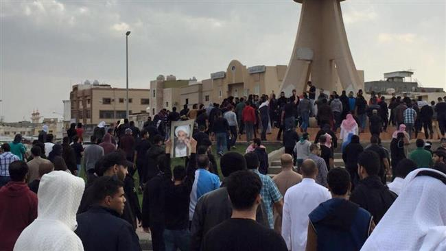 Photo of Saudi people continue protest rallies in Qatif