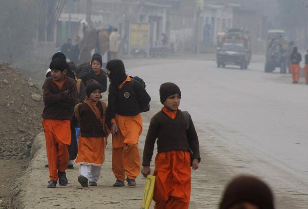 Photo of Pakistan closes schools in province amid Taliban threats