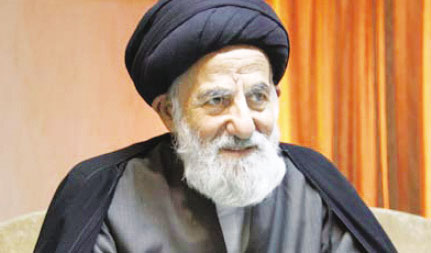 Photo of Ayatollah Mousa Shubairi Zanjani insists on protecting and restoring the unpublished religious manuscripts