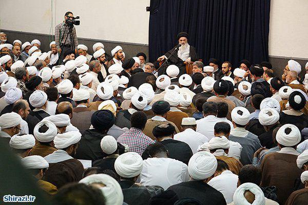Photo of A large meeting ofHawzastudents and preachers to receive the holy month of Ramadan