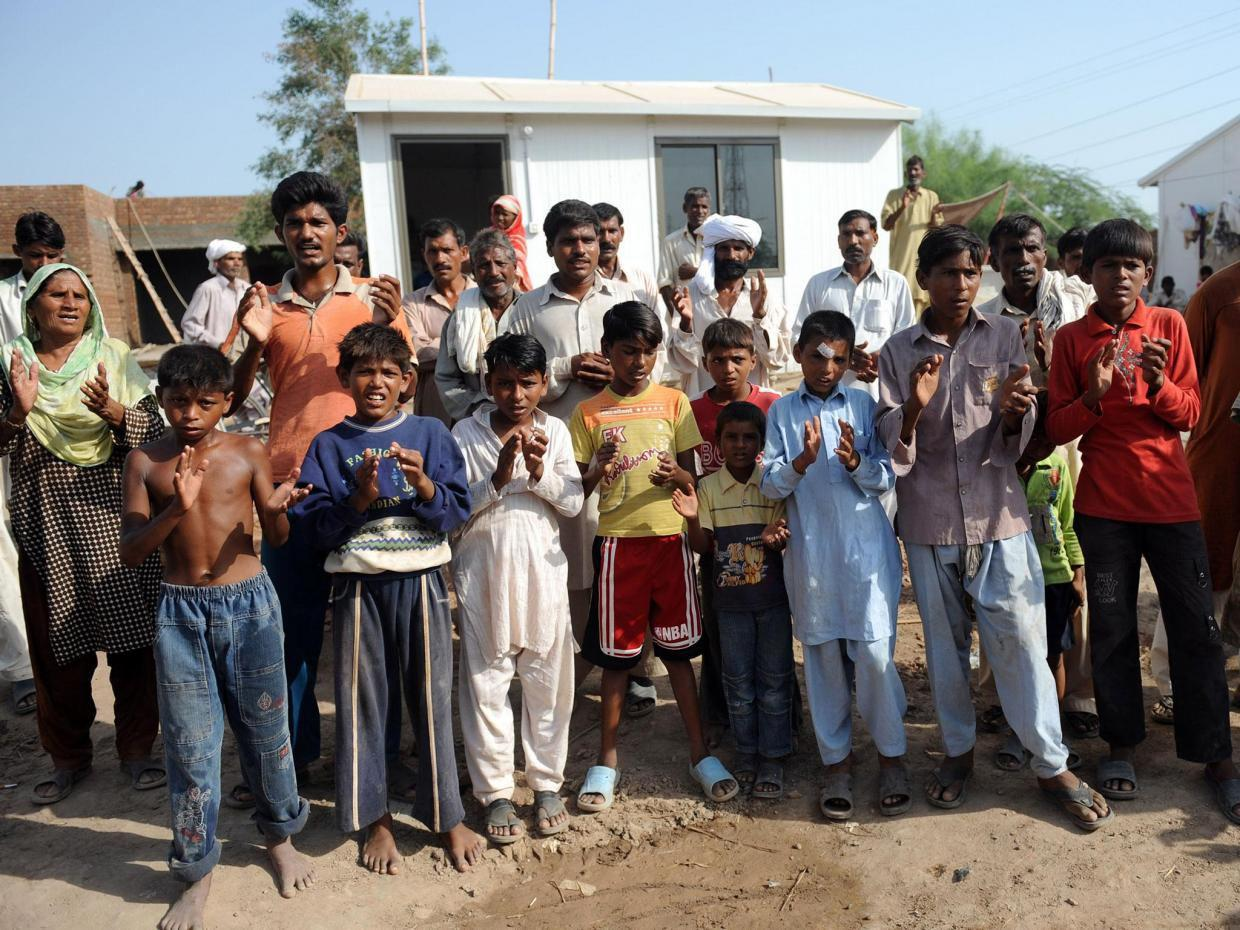 Photo of Muslim villagers donate money to build church for Christian community in Pakistan