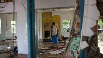 Photo of Buddhists raid Muslim village, destroy mosque in central Myanmar