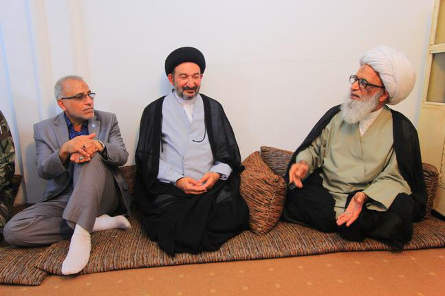 Photo of Grand Ayatollah al-Najafi stresses the importance of providing the best services to the holy shrines' pilgrims