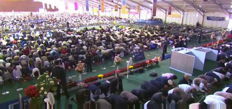Photo of More than 30,000 Muslims from across the world meet in the UK to reject Isis and Islamic extremism