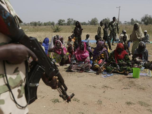 Photo of Boko Haram militants kill 10, abduct 13 in Nigerian village