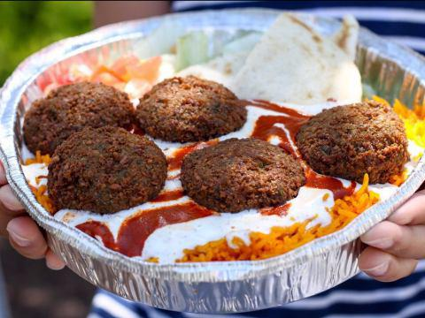 Photo of A hugely popular but largely ignored Halal global cuisine is now worth $20 billion in America