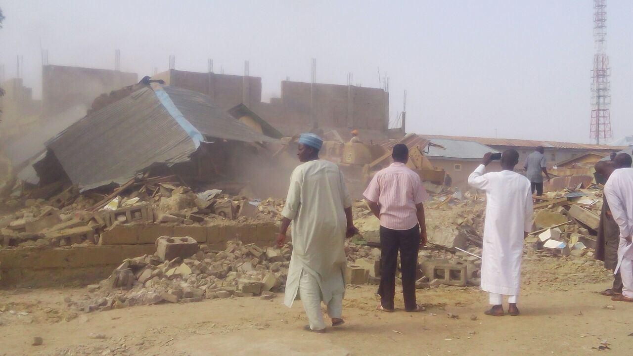Photo of Nigerian Forces destroy more Shia religious centers