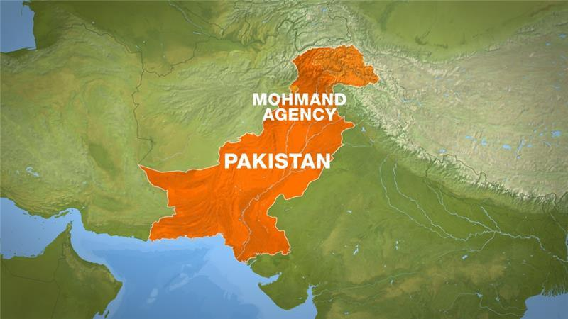 Photo of Fighters attack army base in Pakistan's northwest