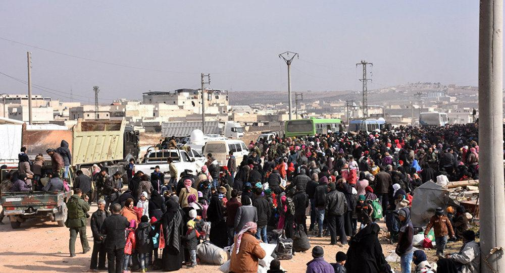 Photo of Nearly 3,200 Civilians Left Besieged Areas of Aleppo in Past 24 Hours