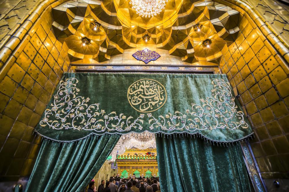 Photo of New curtains decorating the doors of the sanctuary of al-Abbas, peace be upon him