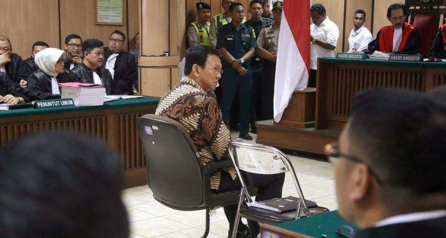 Photo of Jakarta Governor Purnama stands trial for insulting Islam