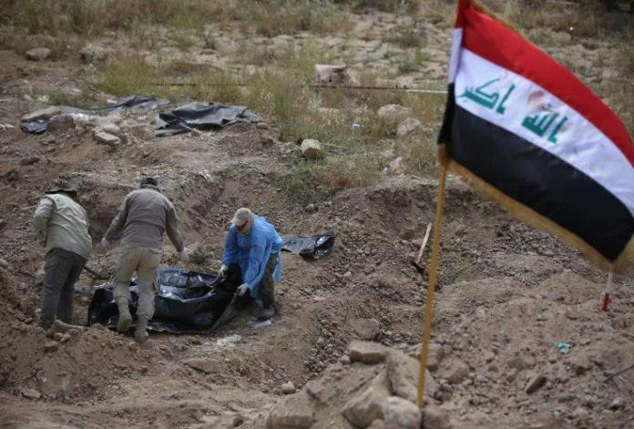 Photo of 4,000 corpses discovered in mass grave on the outskirts of Mosul