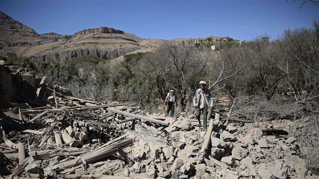 Photo of Saudi warplanes attack civilian targets in Yemen, kill five