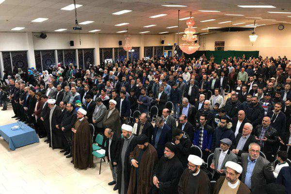 Photo of Large gathering in Stockholm in solidarity with Muslims after Mosque arson